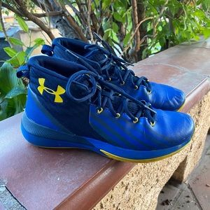 Under Armour Youth Sneakers Size 7Y